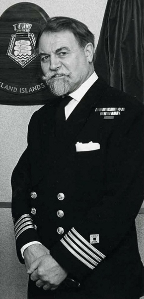 Captain Gordon Butterworth CBE RFA(Retd)